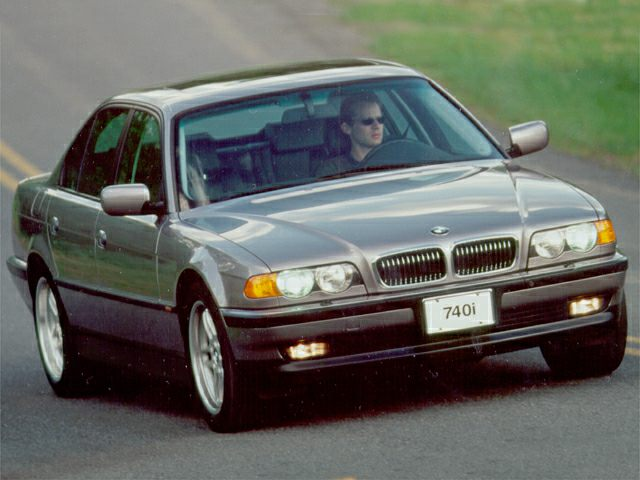 2000 BMW 740