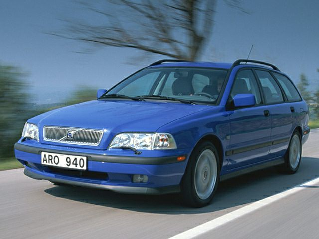 2000 Volvo V40
