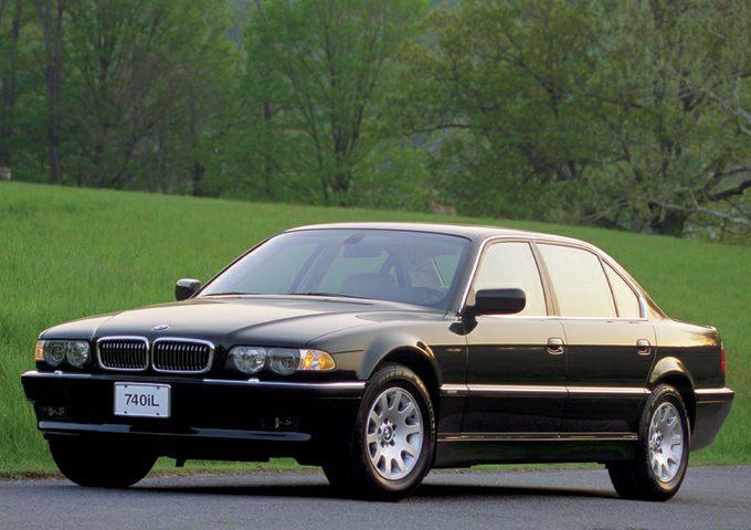 2001 BMW 740