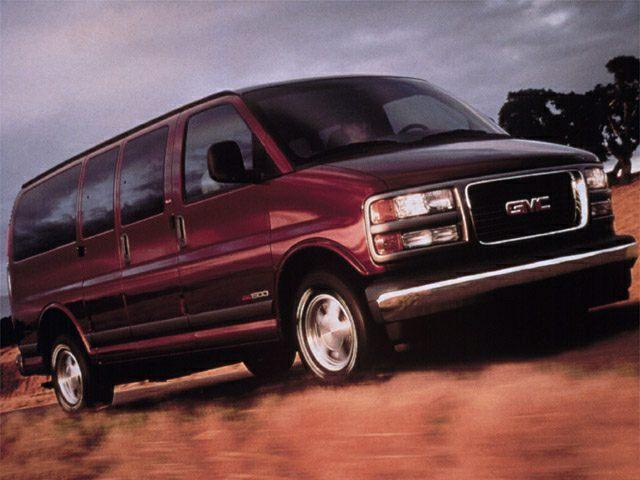 2002 GMC Savana SLT