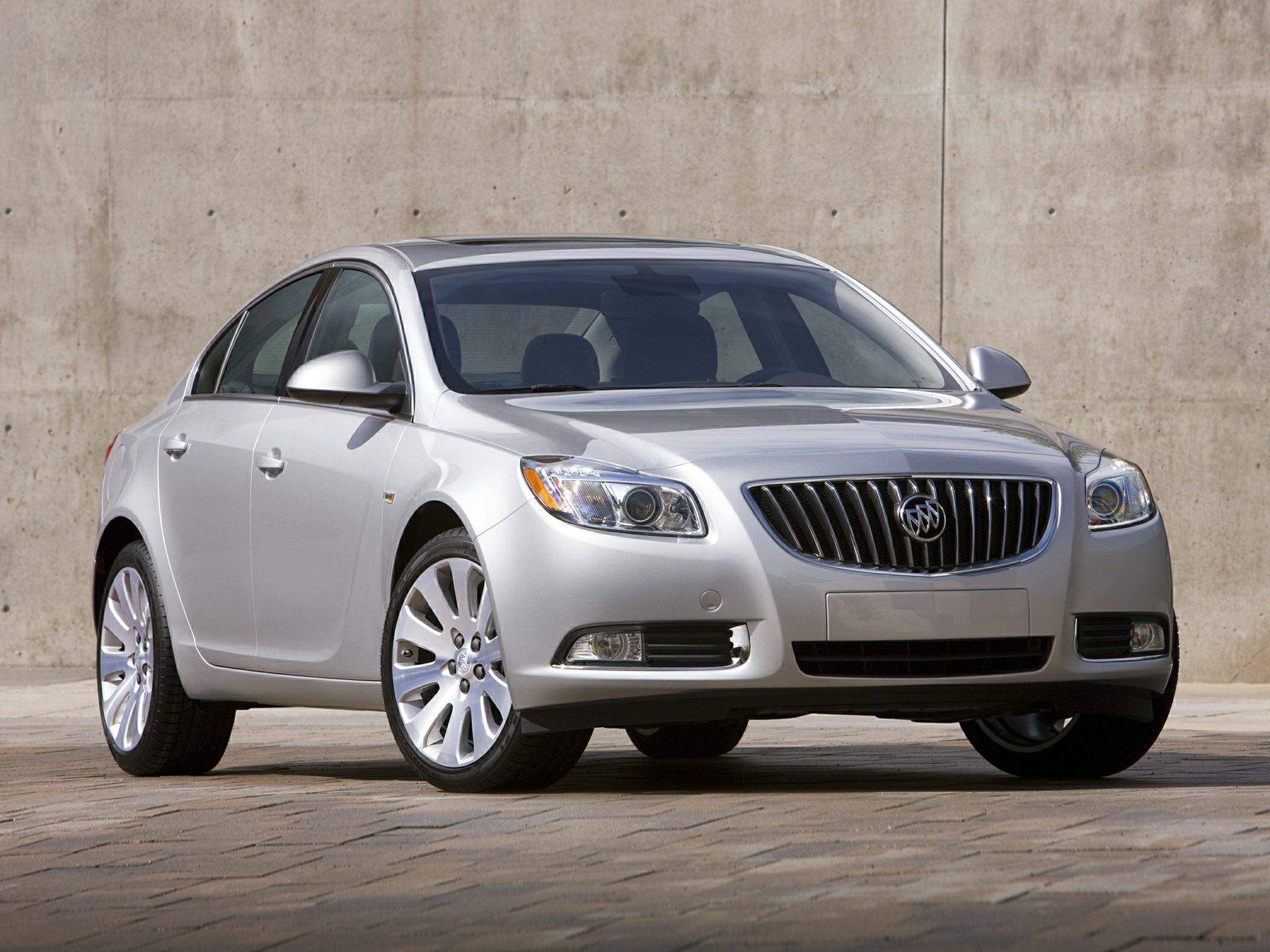 2013 Buick Regal White Power Tilt-Sliding Sunroof wSunshade Turbo Car buying made easy Here at