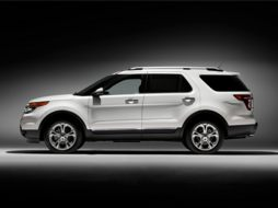 2015 Ford Explorer 4dr Front-wheel Drive Base