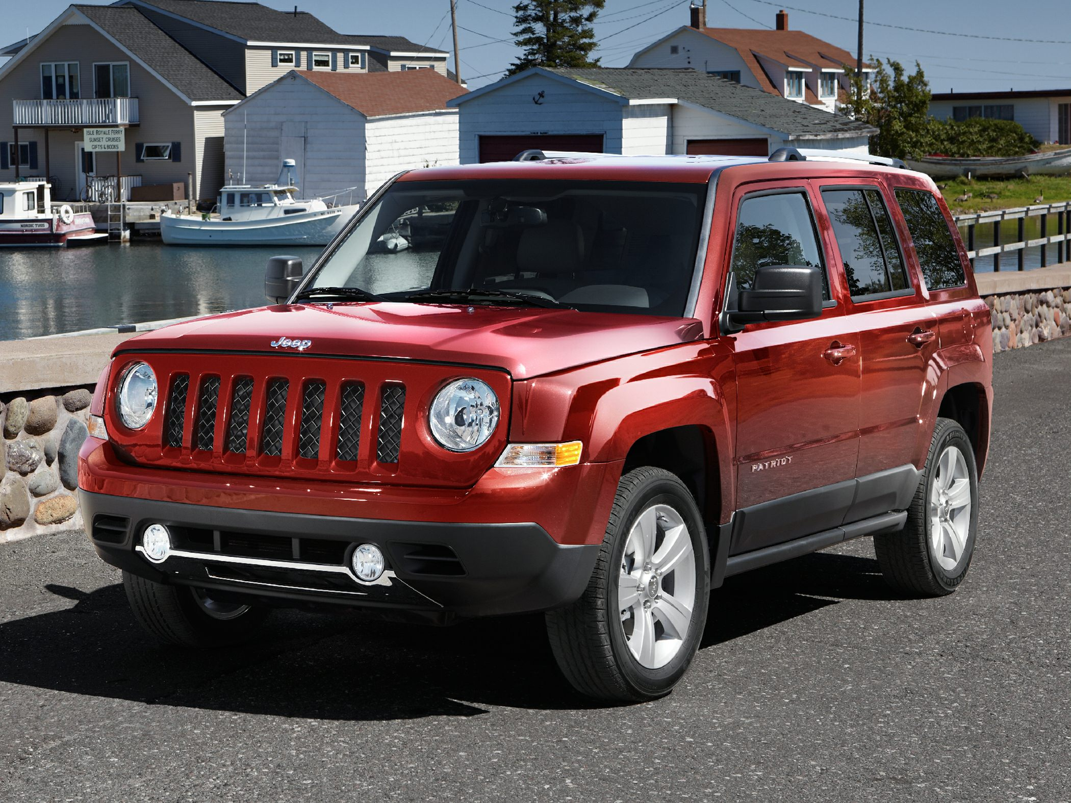 2012 Jeep Patriot Sport Plenty of room Spotless One-Owner New Arrival Confused about which vehic