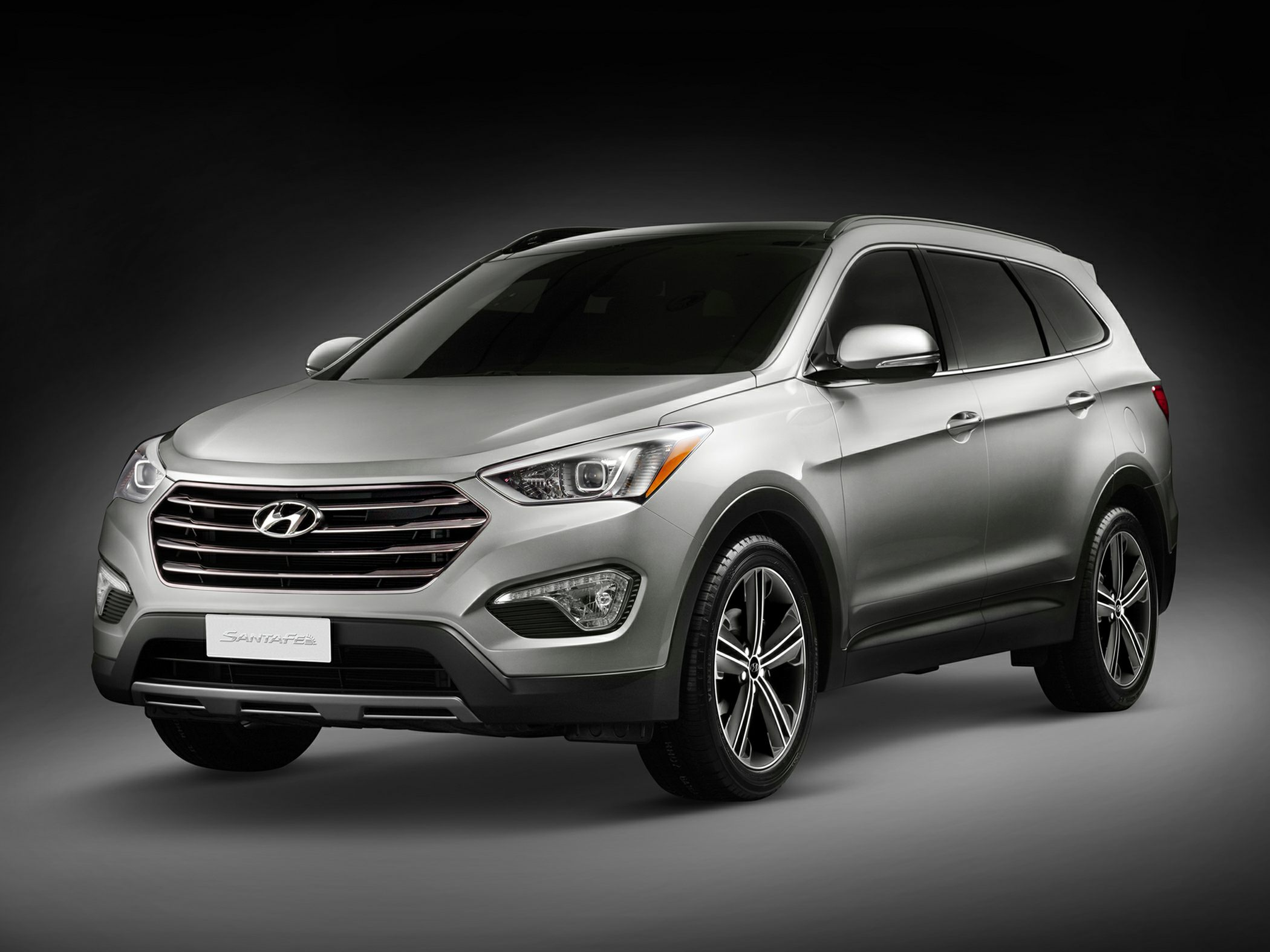 2013 Hyundai Santa Fe GLS Silver 3041 Axle Ratio18 x 75 Aluminum Alloy WheelsCloth Seating S