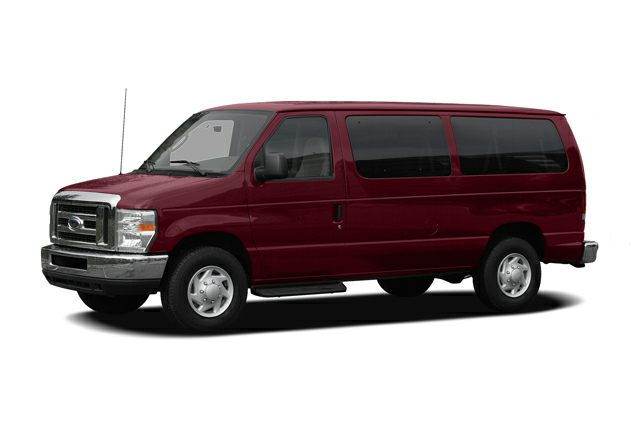 Ford E-350 Super Duty 12-passenger van