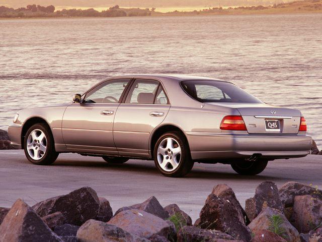 1999 Infiniti Q45