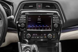 2016 Nissan Maxima 4dr Sedan