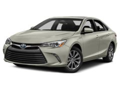 2017 Toyota Camry 4D Hybrid XLE Car