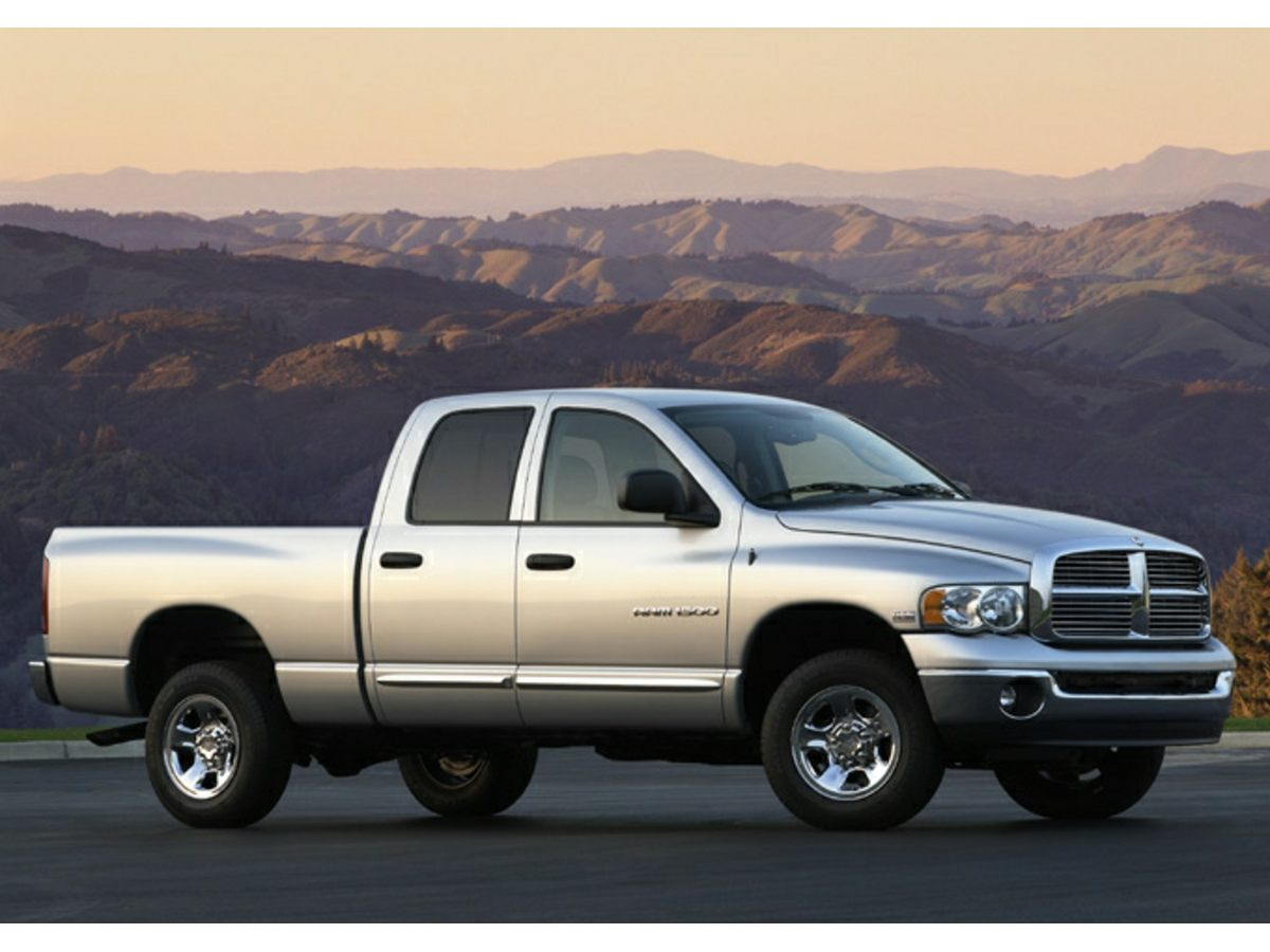 2004 Dodge Ram 1500 Oh yeah Crew Cab Put down the mouse because this 2004 Dodge Ram 1500 is the