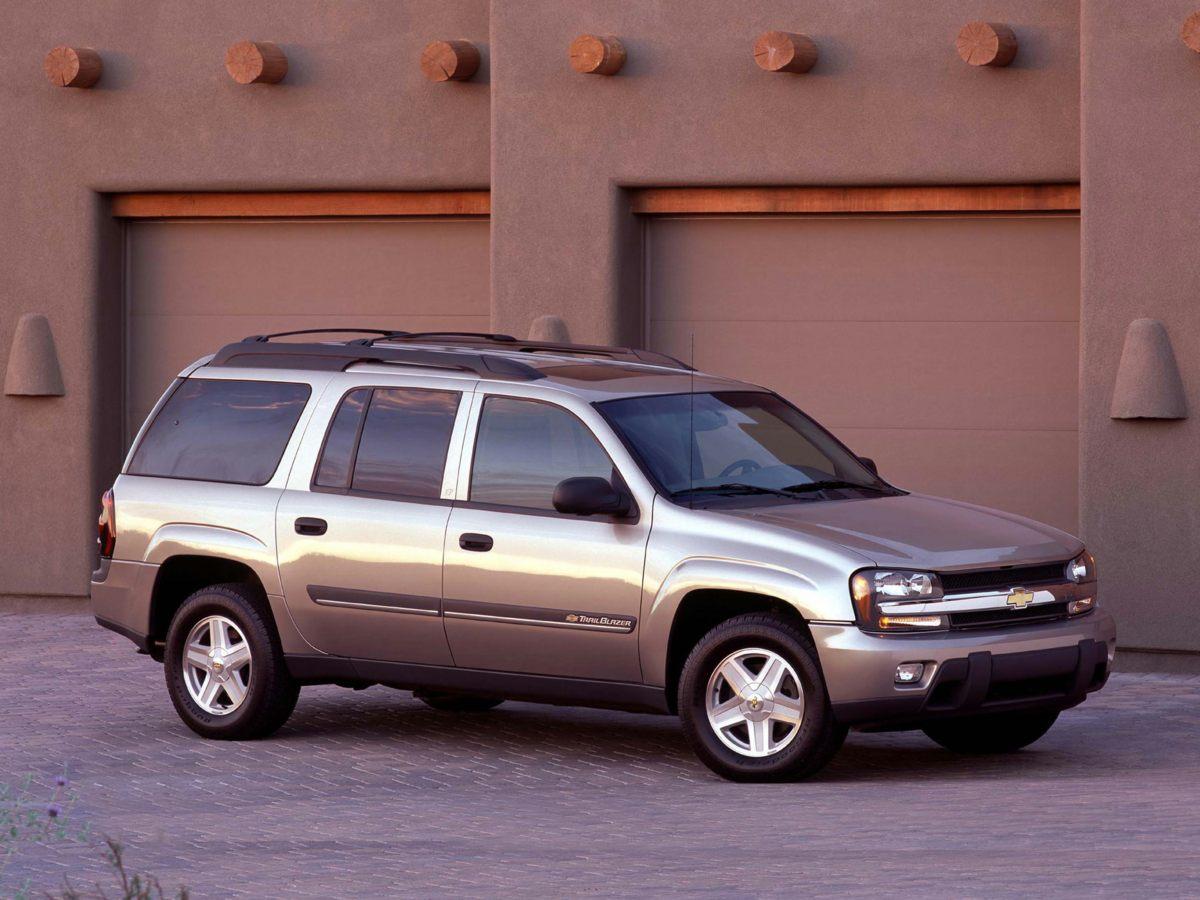 2002 Chevrolet TrailBlazer EXT LT ()