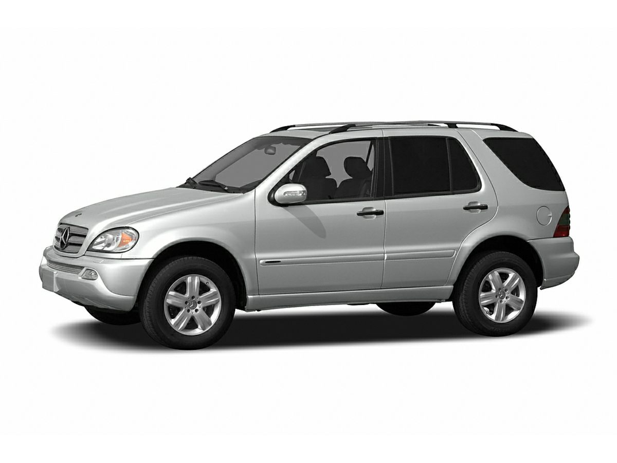 2004 Mercedes-Benz M-Class ML350 Silver Newly Detailed 80 Point Inspection and CLEAN CARFAX Su