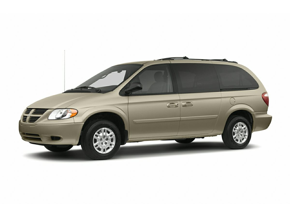 2005 Dodge Grand Caravan SXT Silver Dont bother looking at any other van Welcome to Mac Haik Dod