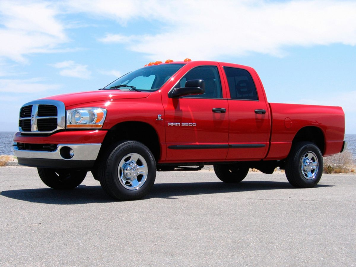 2006 Dodge Ram 2500 Move quickly Wont last long Creampuff This gorgeous 2006 Dodge Ram 2500 i