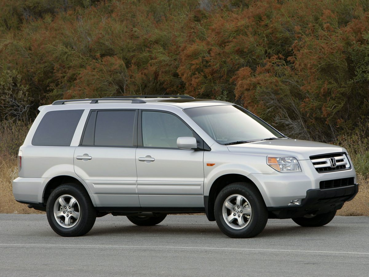 2006 Honda Pilot EX-L 4375 Axle RatioHeated Front Bucket SeatsLeather Seat TrimAMFMXM6-Disc