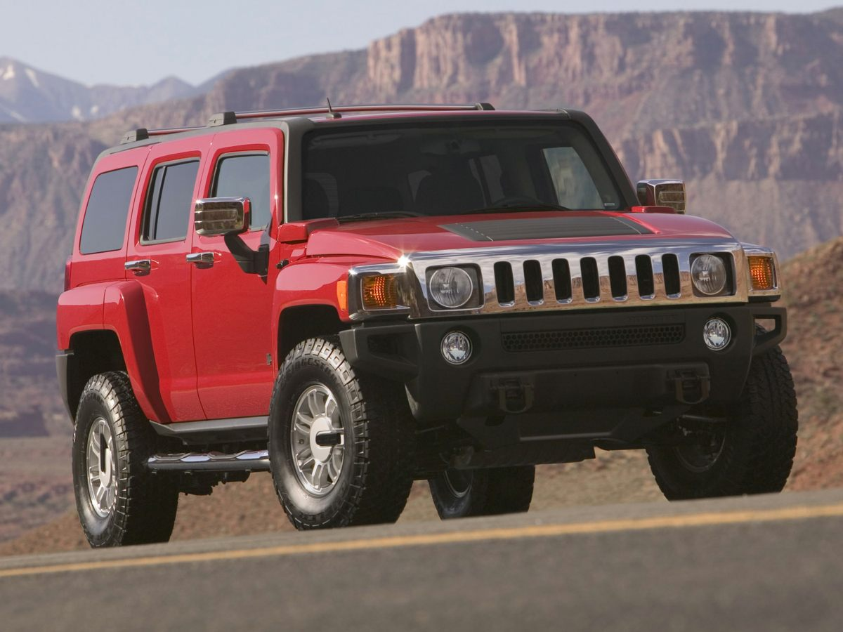 2007 Hummer H3 Blue Barely driven Has a long life ahead Be the talk of the town when you roll d