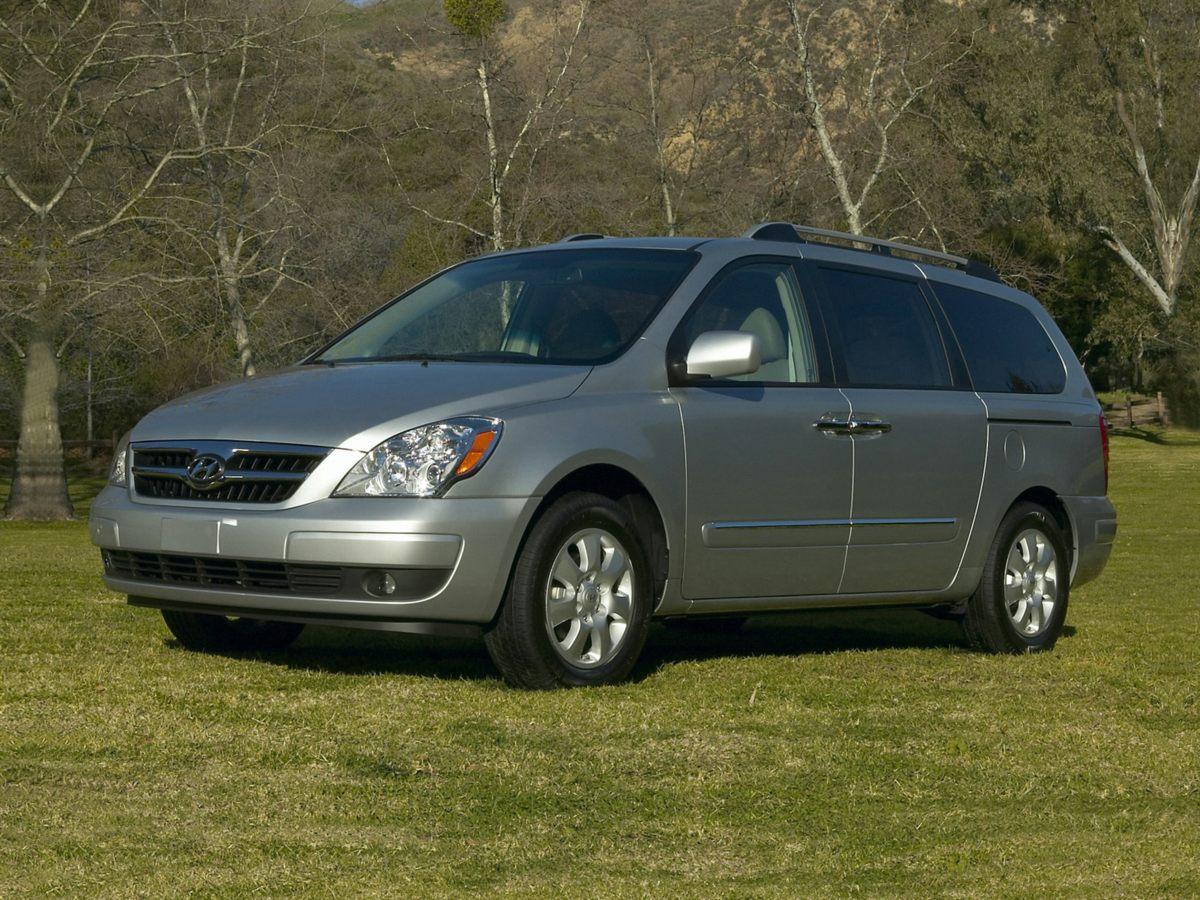Pre-Owned 2007 Hyundai Entourage GLS