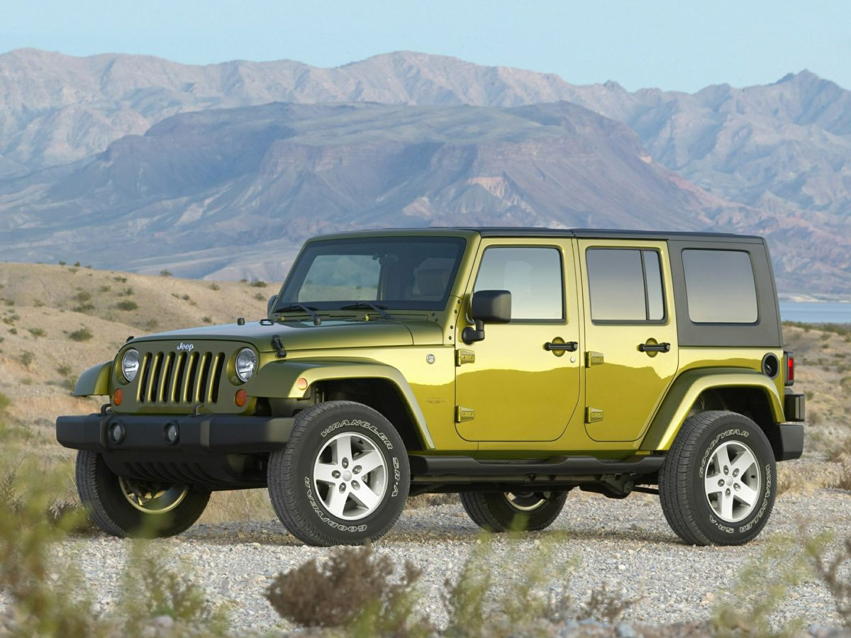 2007 Jeep Wrangler Unlimited X Green Look Look Look You Win Creampuff This handsome 2007 Je