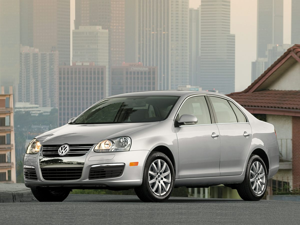 2007 Volkswagen Jetta 25 Silver BE AWARE THAT THIS VEHICLE IS PRICED 2400 UNDER Kelley Blue