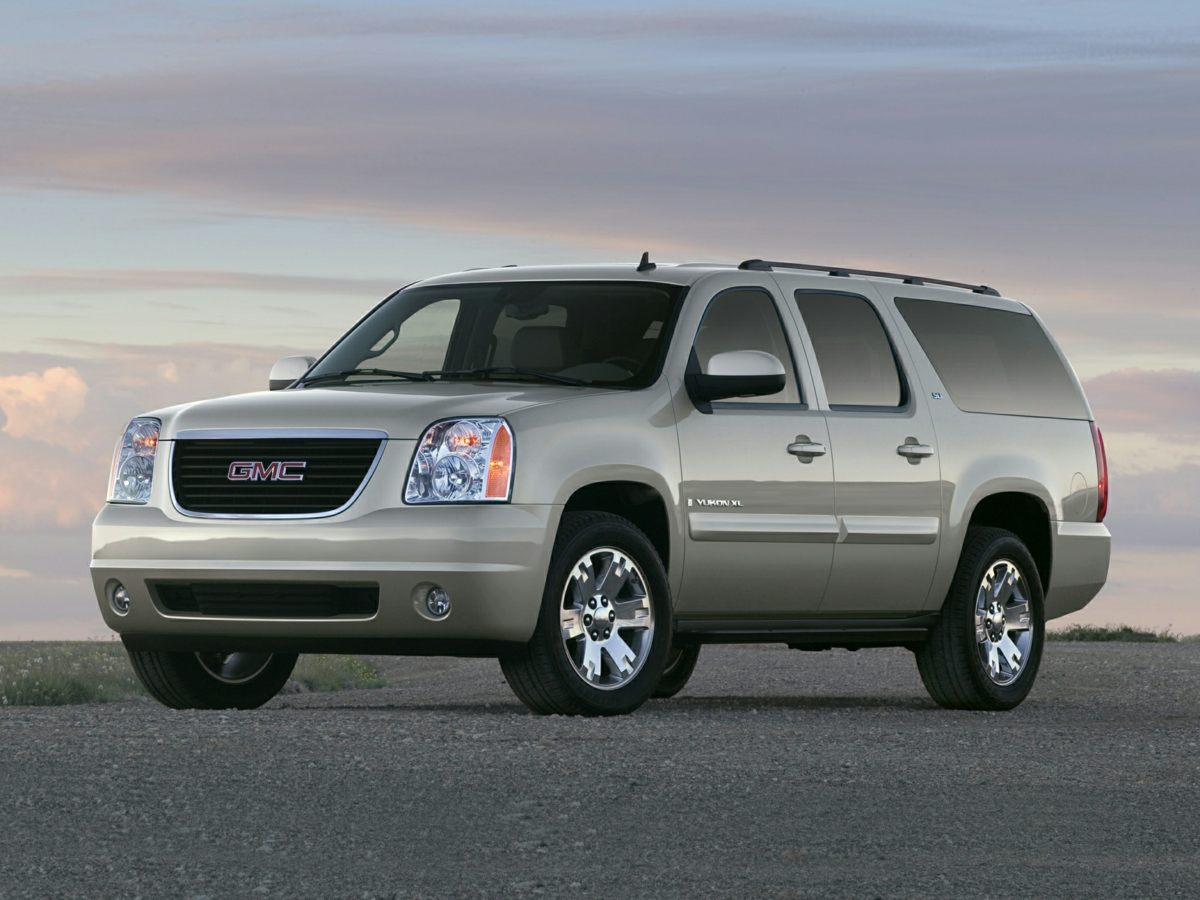 2008 GMC Yukon XL SLE 1500 SUBURBAN 3RD ROW YUKON XL 4X4 2008 GMC YUKON XL SLE 4X4 CLEAN CARF