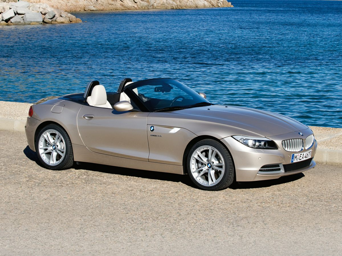 2009 BMW Z4 sDrive35i White CARFAX One-Owner  3 YEARS OF OIL CHANGES  Call us at 866-399-4220