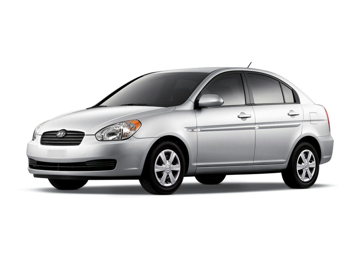 2009 Hyundai Accent GLS ()