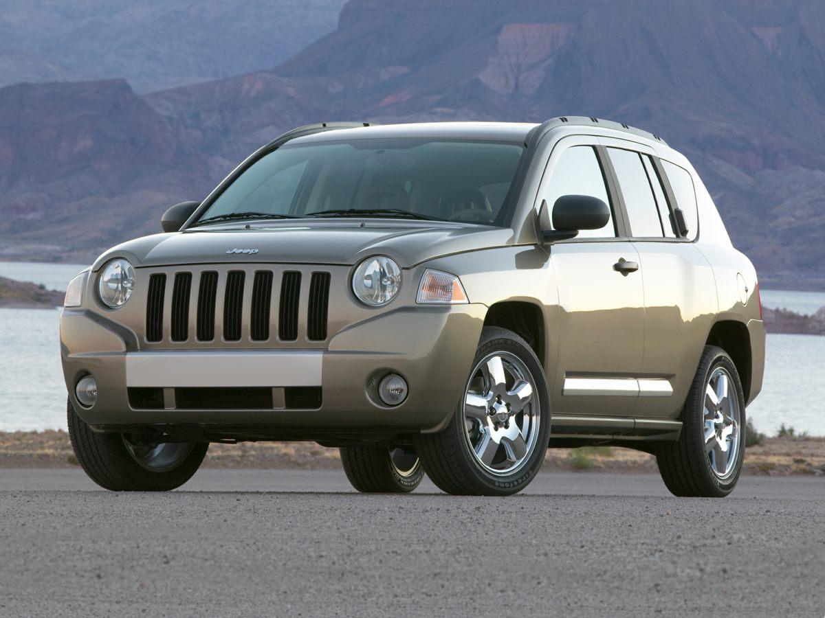 2010 Jeep Compass Sport White 412 Axle RatioCloth Low-Back Bucket SeatsRadio Media Center 130