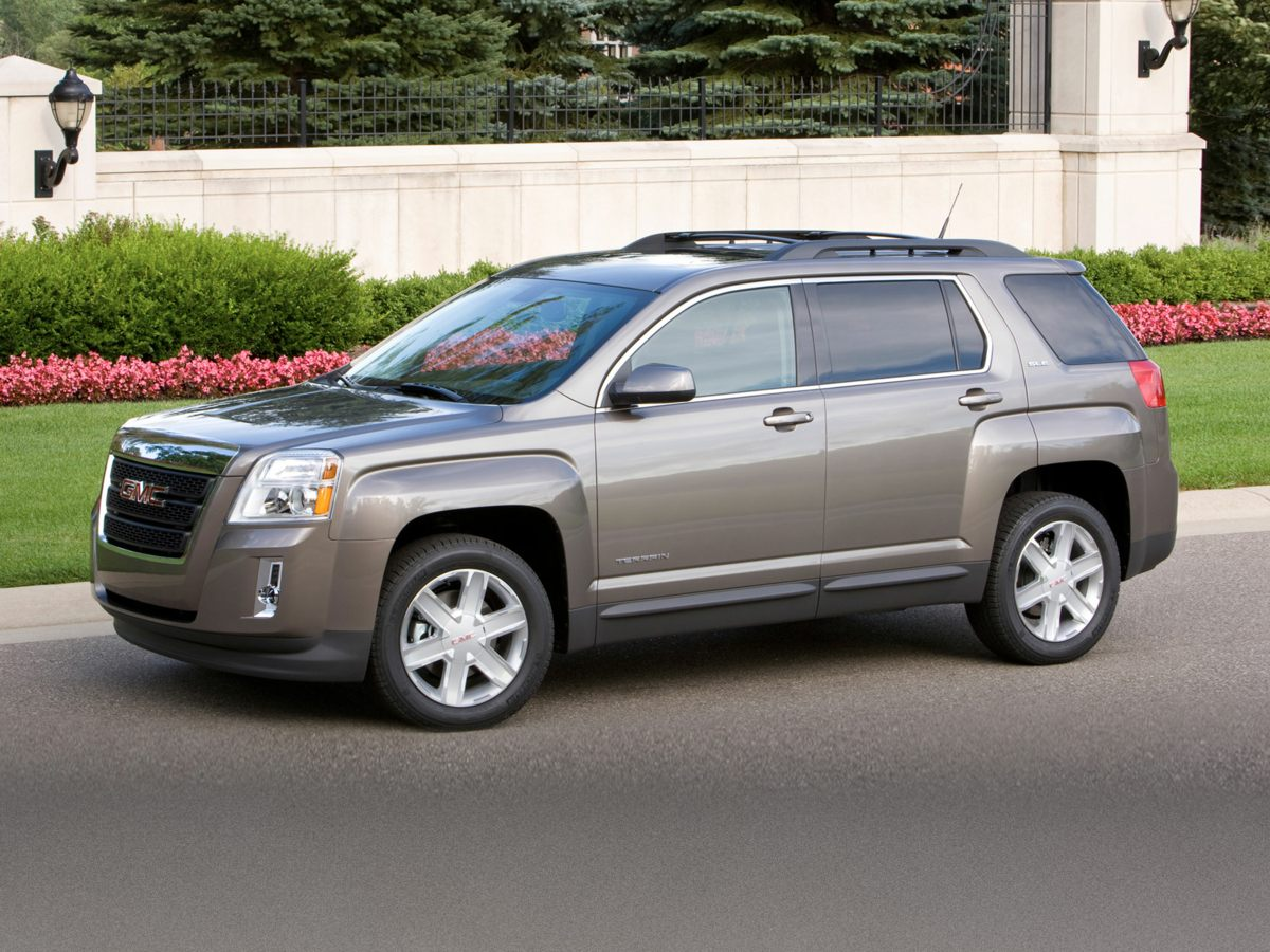 2013 GMC Terrain SLE-2 Silver Low miles indicate the vehicle is merely gently used Looks and dri