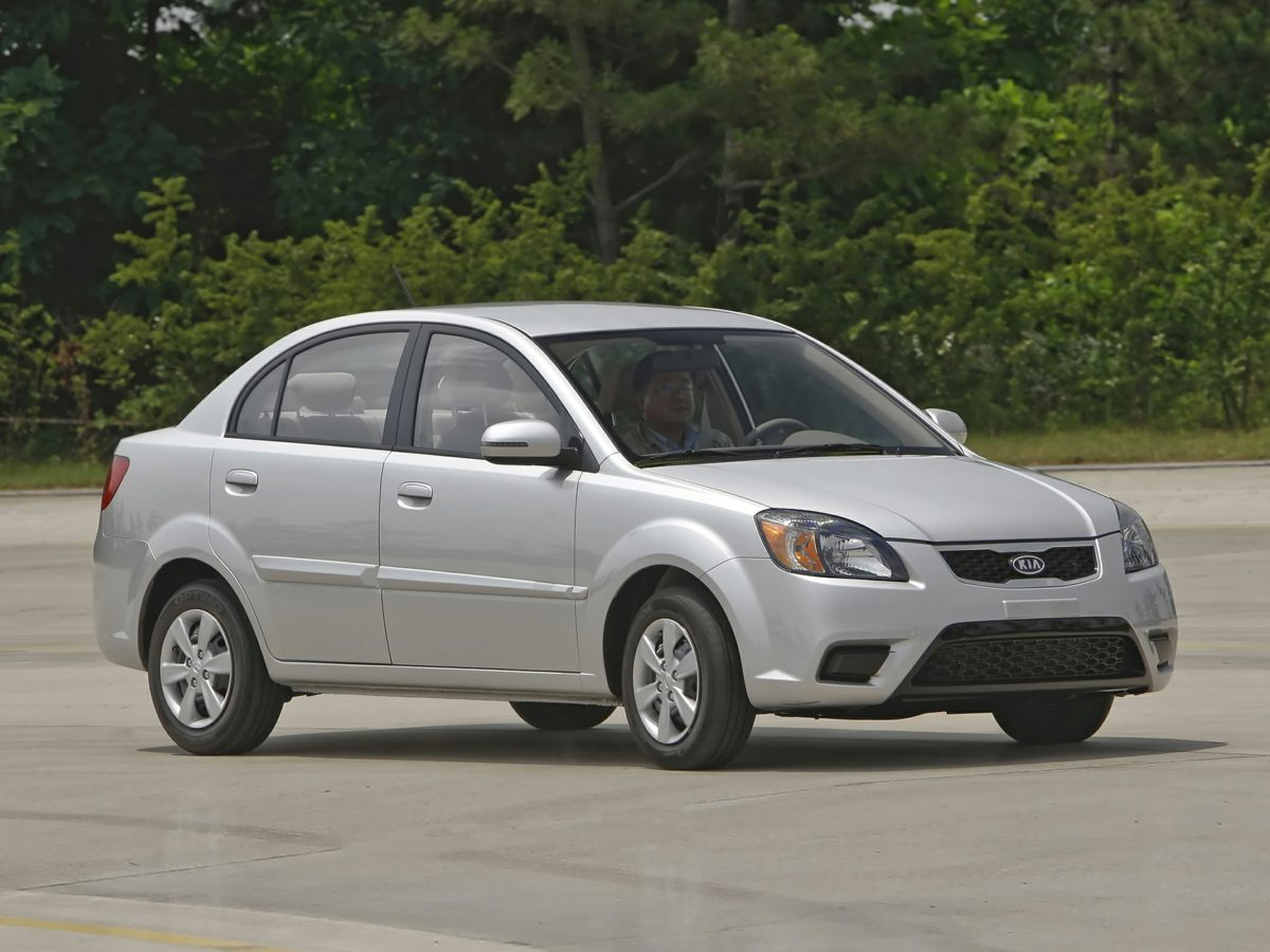 2011 Kia Rio LX Silver Gray wFull Cloth Seat Trim Ergonomic controls Controls are in keeping wi