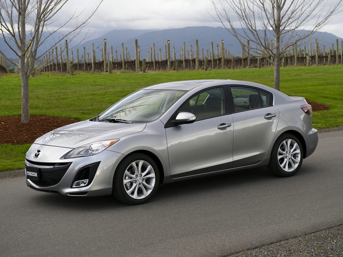 2011 Mazda Mazda3 i Gray Recent ArrivalDont miss your chance to SAVE HUGE  at Phil Smith Ch