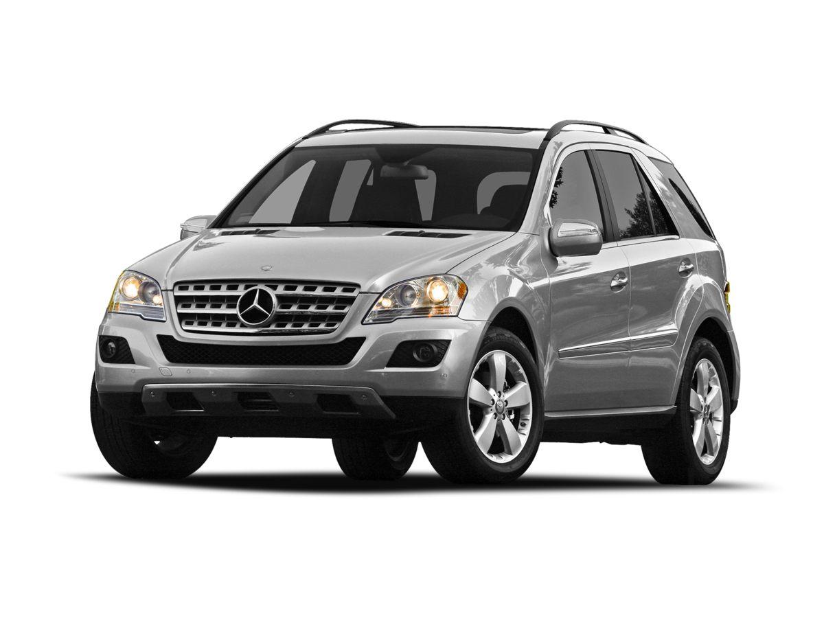 2010 Mercedes-Benz M-Class ML350 Gray 390 Axle RatioFront Bucket SeatsMB-Tex Leather Seat Trim
