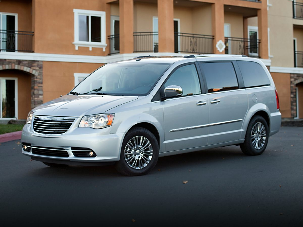 2014 Chrysler Town  Country Touring White 316 Axle RatioLeather Trimmed Bucket Seats MLTouri