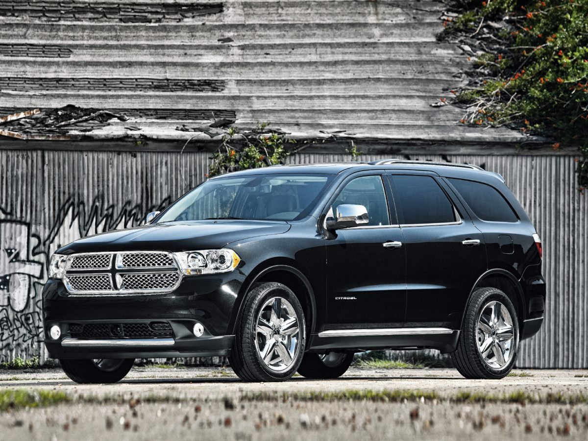 2011 Dodge Durango Crew SO LOADED Have yourself and your passengers travel in 1st class in this b
