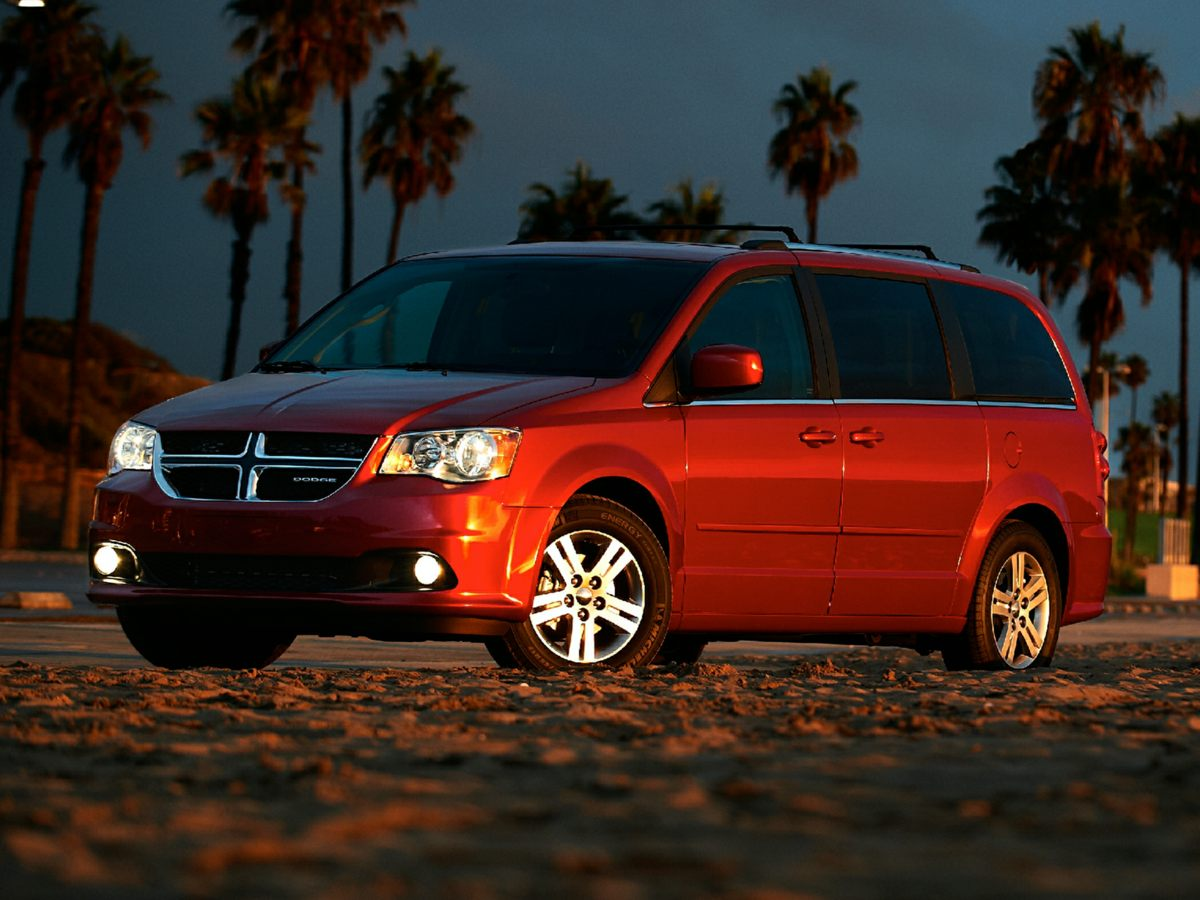 2014 Dodge Grand Caravan SXT Silver Yeah baby Oh yeah Are you still driving around that old th