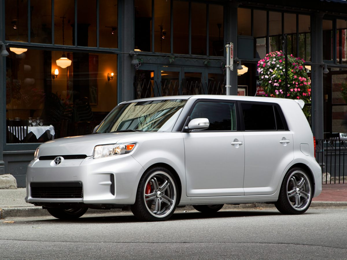 2011 Scion xB 65J x 16 Steel WheelsFront Sport Bucket SeatsAMFMCD Radio4-Wheel Disc Brakes