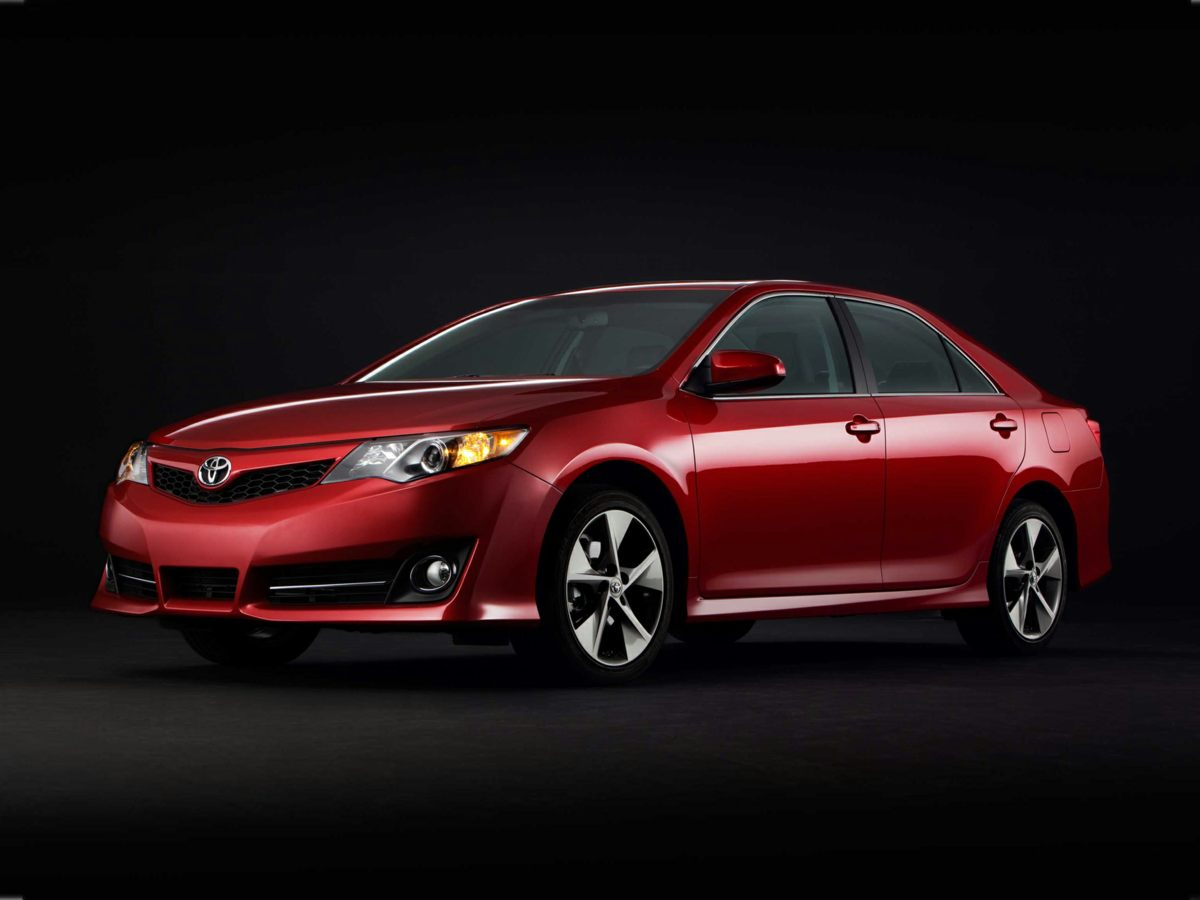 2012 Toyota Camry SE Limited Edition Red Moonroof Package Camry SE Limited Edition 4D Sedan Na
