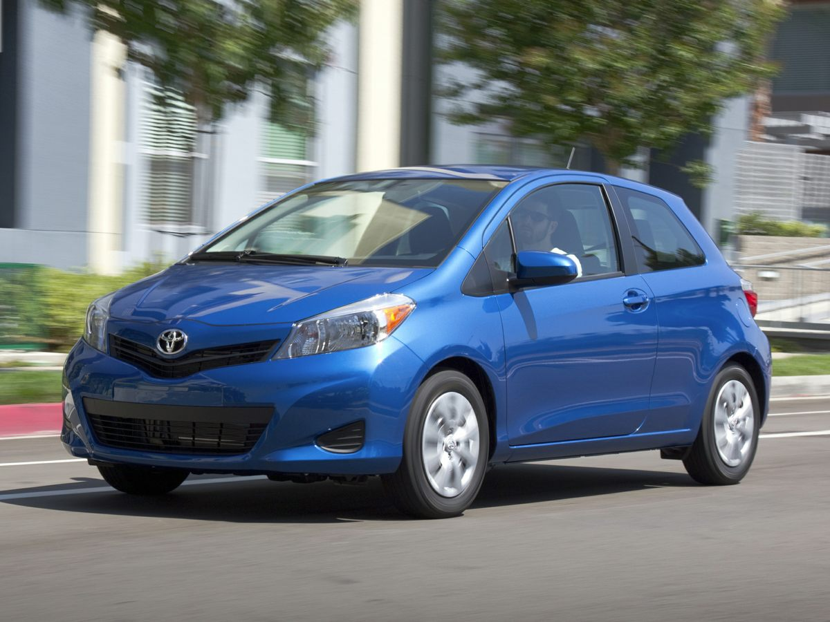 2014 Toyota Yaris L Black ATTENTION STOP Read this The smart way to buy Confused about whi