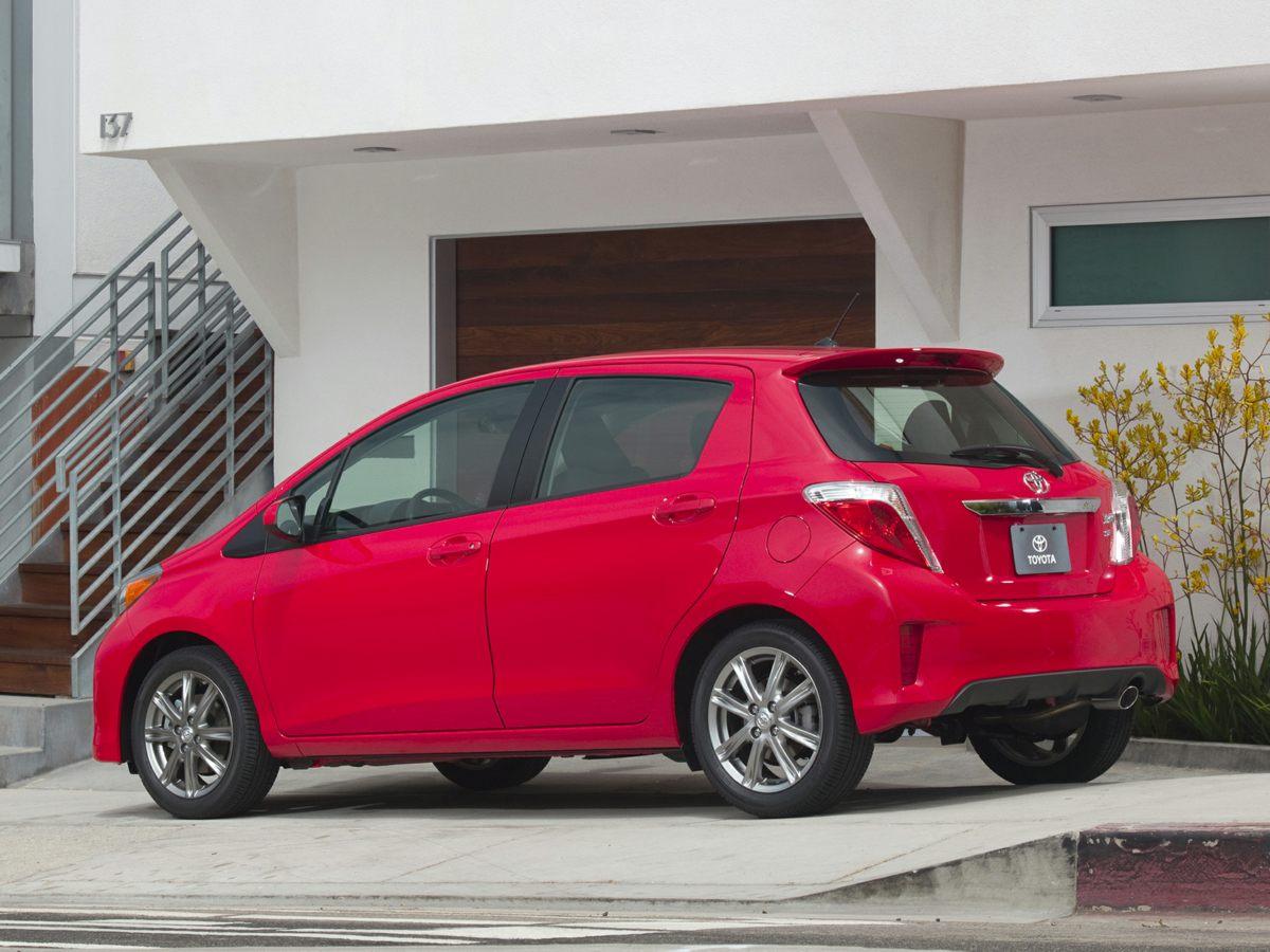 2013 Toyota Yaris SE Blue S Package Grade Package6 SpeakersAMFM radioAudio Steering SwitchCD