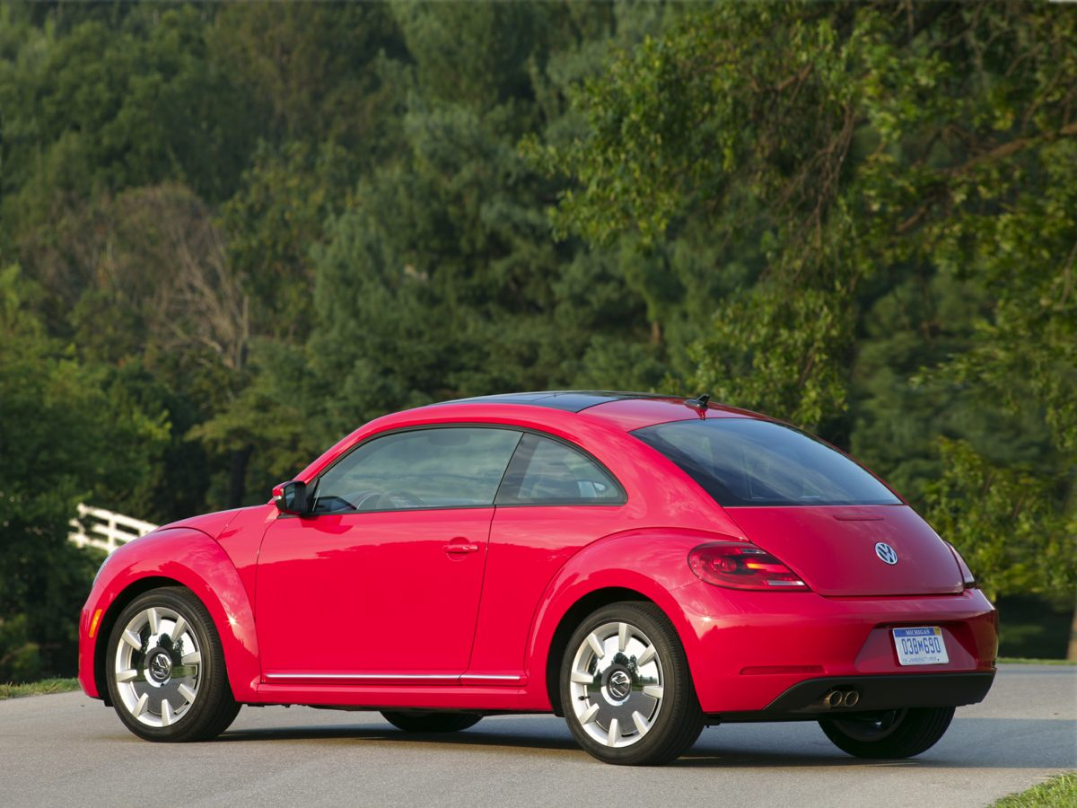 2013 Volkswagen Beetle 25L Gray Heatable Front Bucket SeatsV-Tex Leatherette Seating Surfaces4