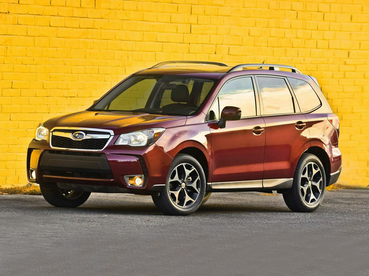 2014 Subaru Forester 25i Silver Forester 25i PZEV 4D Sport Utility and AWD Low miles mean ba