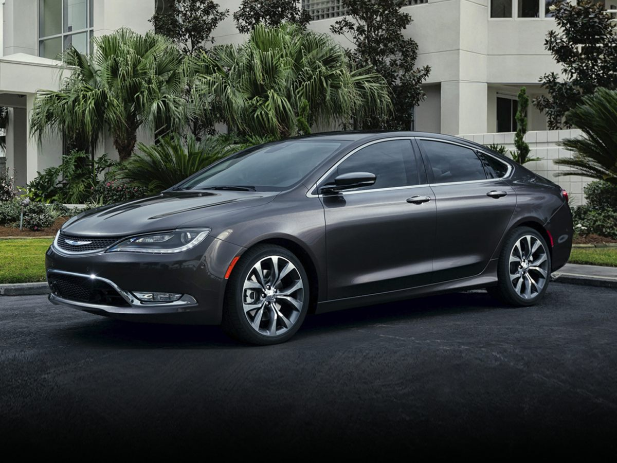 2015 Chrysler 200 Limited Premium Cloth Bucket SeatsRadio Uconnect 50 AMFMBTUconnect Voice C