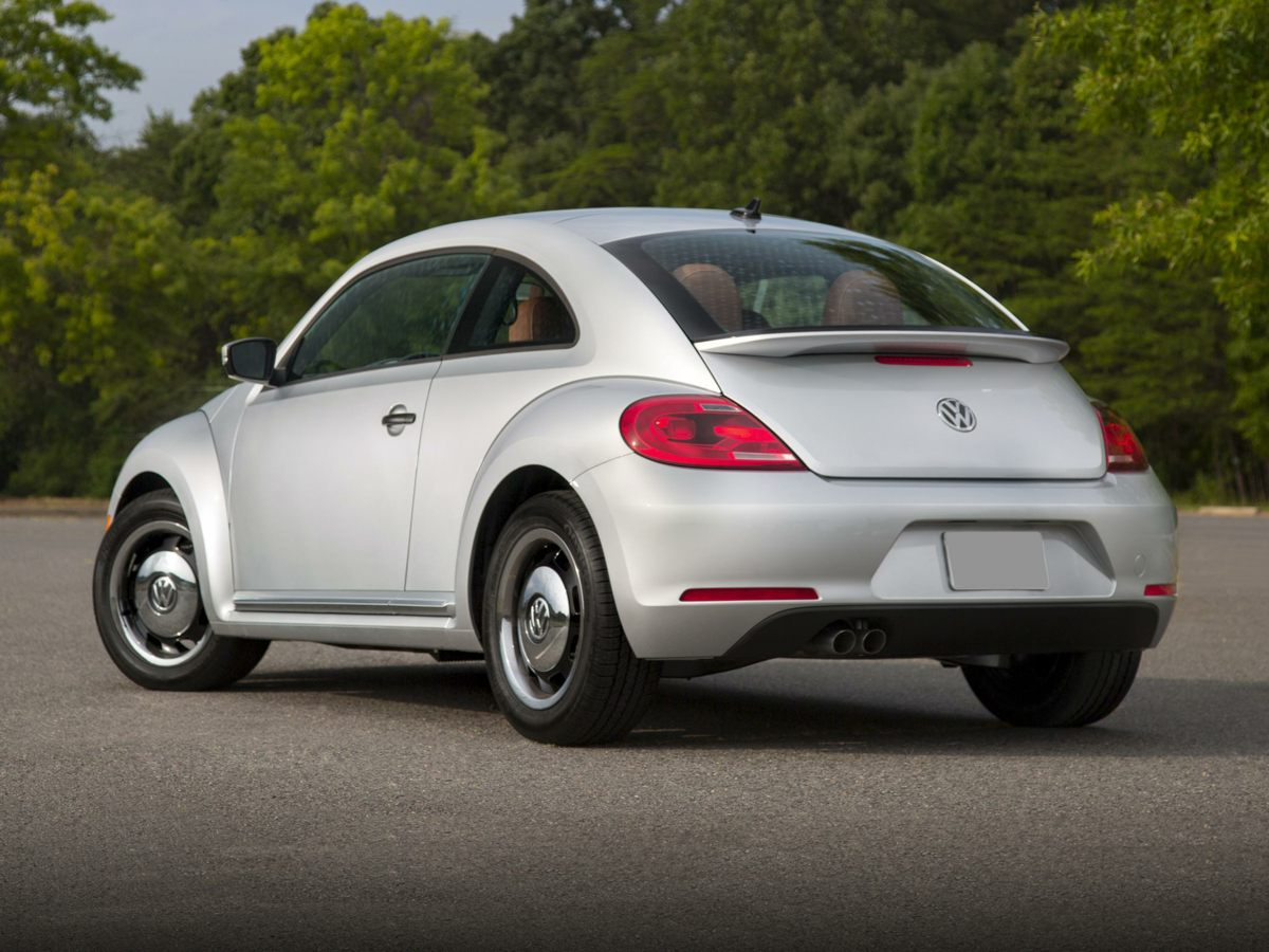 new 2017 volkswagen beetle pink 2d hatchback pink 2017 volkswagen beetle hatchback in. Black Bedroom Furniture Sets. Home Design Ideas