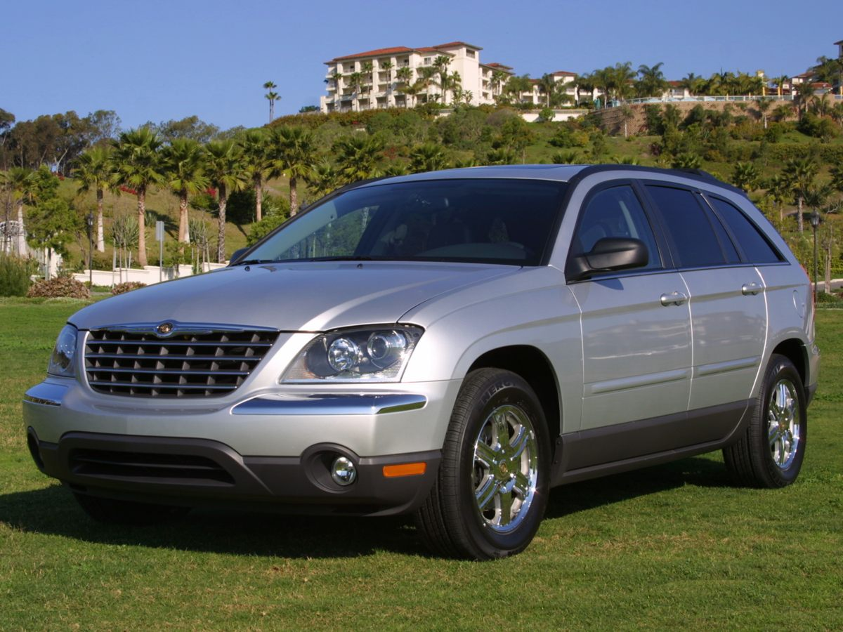 2005 Chrysler Pacifica Touring Silver You win Look Look Look Creampuff This beautiful 2005
