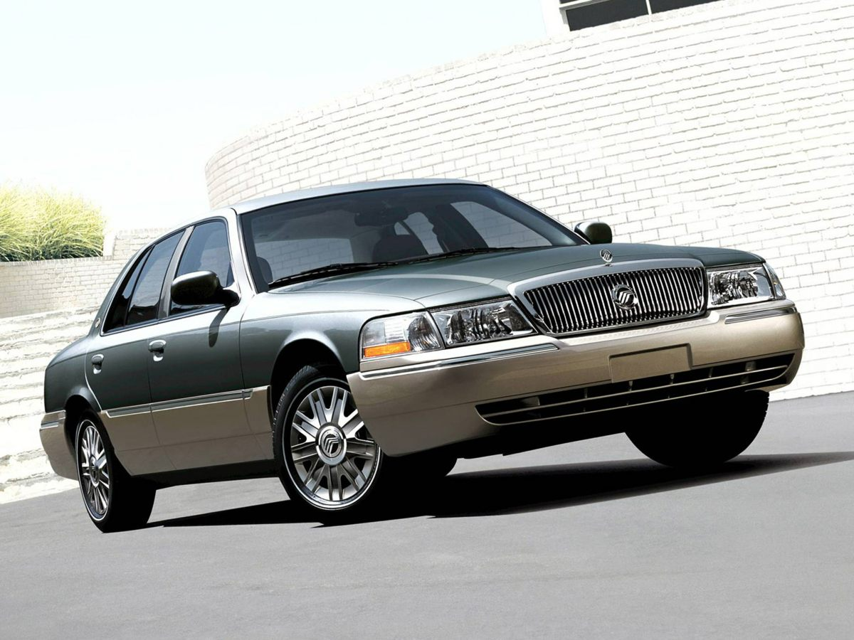 2005 Mercury Grand Marquis GS 16 Wheels wPainted Wheel CoversPremium Cloth Twin Comfort SeatsA