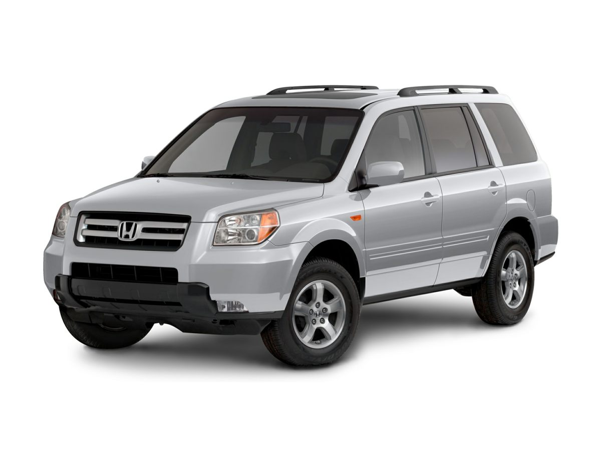 2008 Honda Pilot SE Black 4WD Gently used So few miles means its like new Be the talk of the