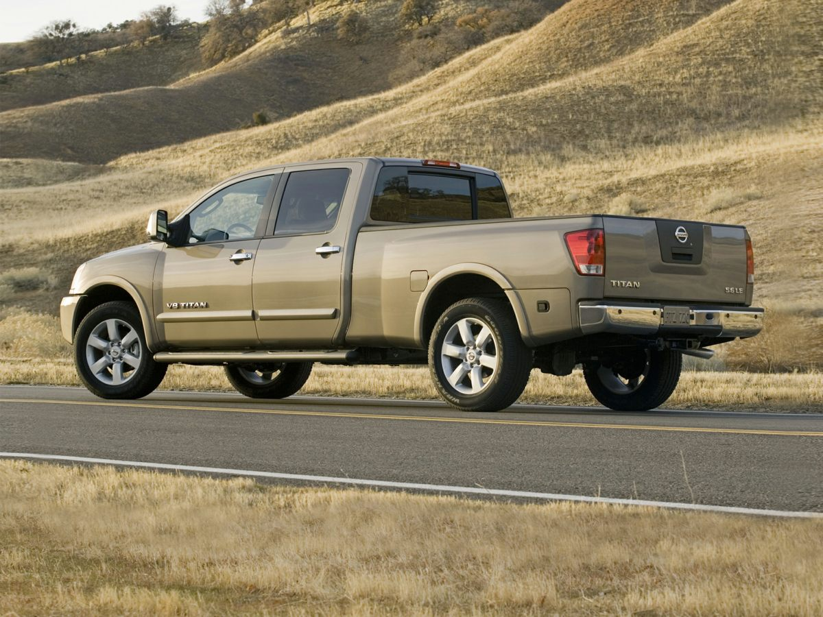 Used-2011-Nissan-Titan