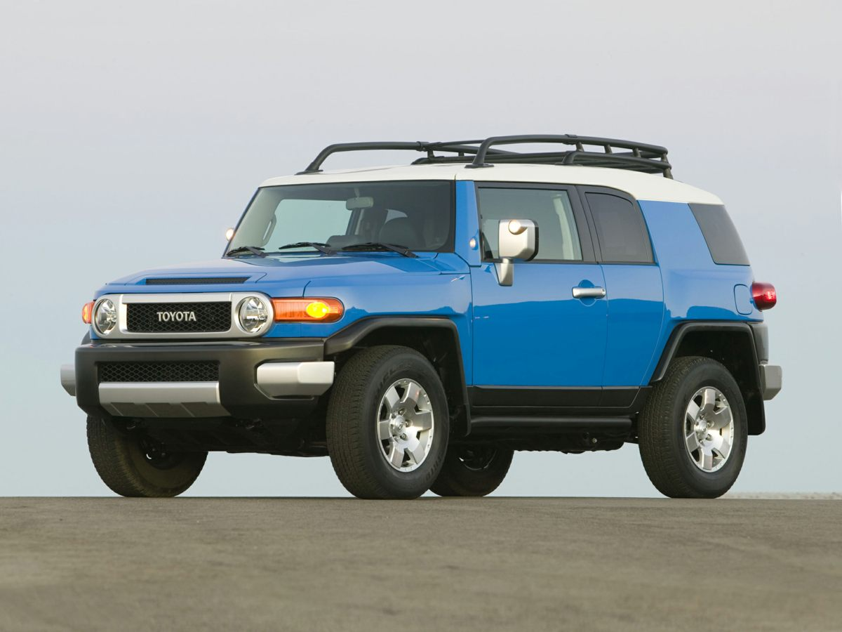 2010 Toyota FJ Cruiser Base Red 4D Sport Utility and 4WD A sight to see This will look good on