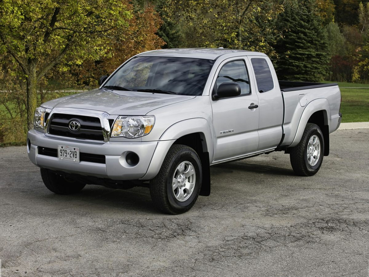 2011 Toyota Tacoma PreRunner White 4100 Axle Ratio16 x 7J30 Style Steel Disc WheelsBucket Sea