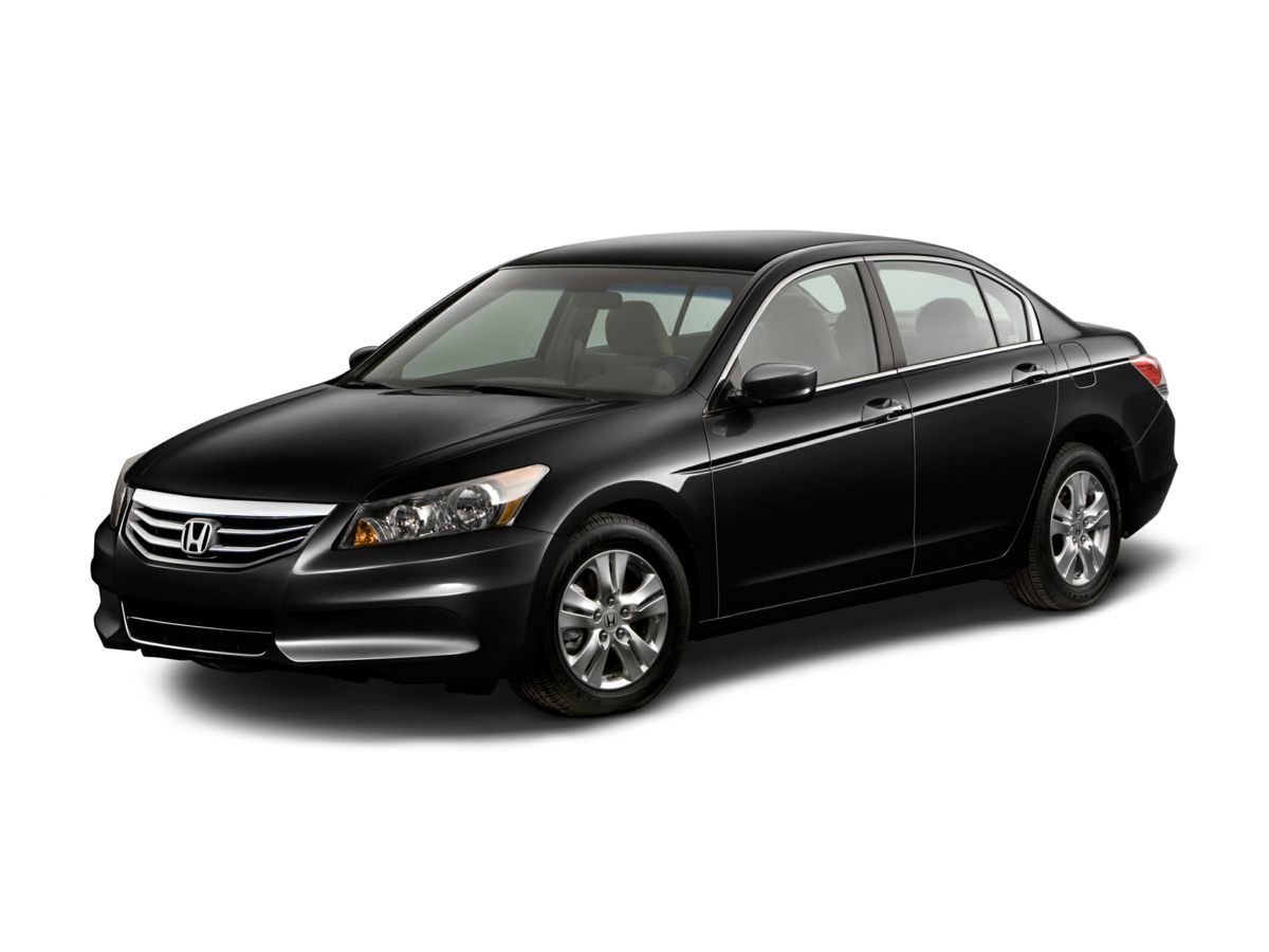 2012 Honda Accord SE Black Low miles indicate the vehicle is merely gently used Looks and drives