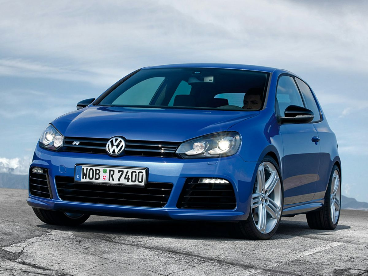 2013 Volkswagen Golf R Black Newly Detailed 80 Point Inspection and NAVIGATION AND SUNROOF AWD