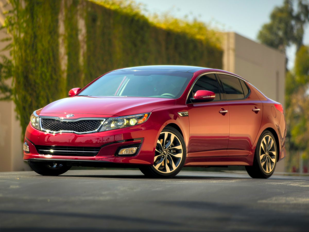 2014 Kia Optima LX Red Clean Tex Cloth Seat TrimAMFMCDMP3 w6 SpeakersAMFM radio SiriusXM4